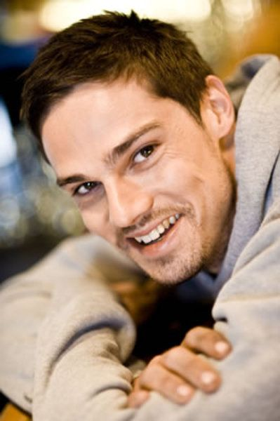 Boys in Pixels: Meet the Beast in Beauty & the Beast, Jay Ryan