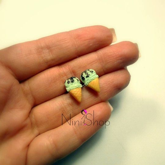 Minty Ice are some cute ice cream earrings made from polymer clay