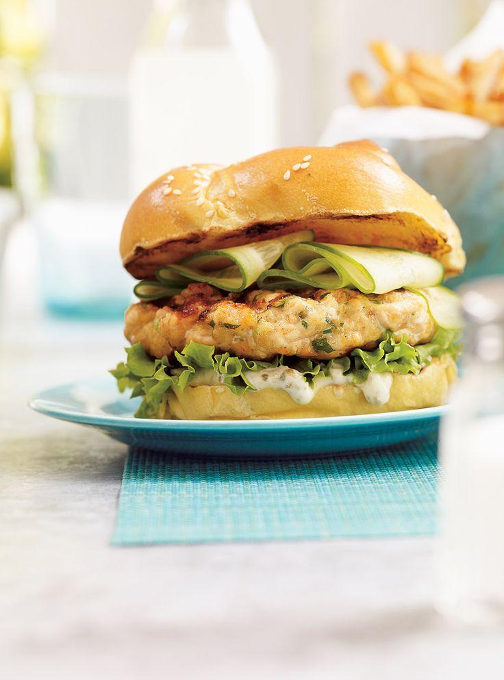 Ricardo's recipe : Salmon Burgers. Used shallots instead of green onions.