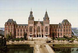 Amsterdam. Het Rijksmuseum rond 1895