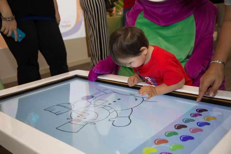 For Tiny Feet Nursery Dubai, Amplify created Interactive Educational Activities for EYFS, Website, Blog Writing, Interactive Technology, Touch Tables, AR,