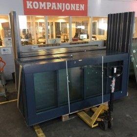 www.kompanjonen.se - Störst på begagnade byggvaror, byggmaterial, belysning, möbler och inredning! 100% Återanvändning - en hållbar affär! Kompanjonen - Byggmaterial, belysning, möbler & inredning - 100% Återanvändning