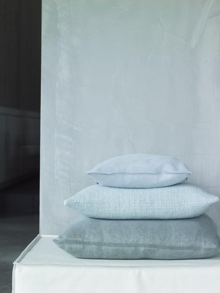 Karin Meyn | Some softness - PHILOMIJN cushion - www.philomijn.nl