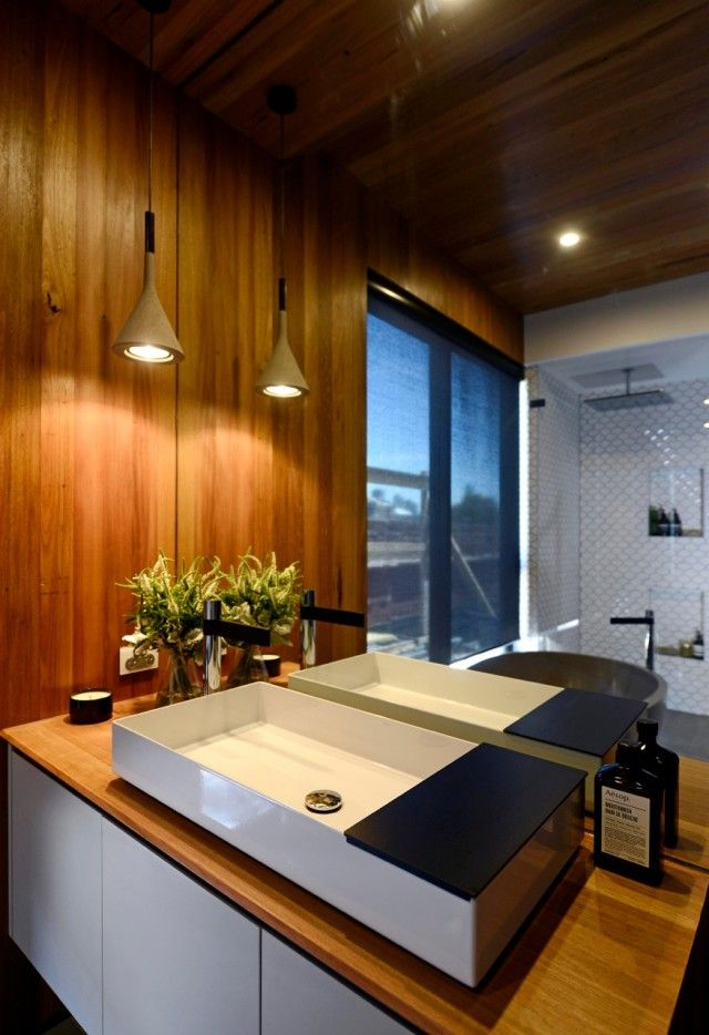Kyal and Kara's perfect bathroom - that gorgeous little pendant as a feature even though the room has downlights. mmm