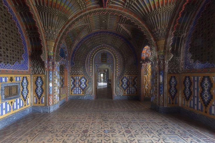 La bellezza geometrica del castello di Sammezzano: ma la struttura è abbandonata - Firenze - Repubblica.it