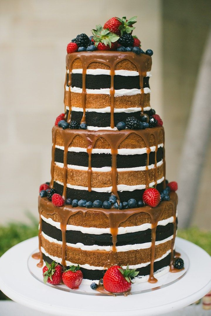 Featured Photographer: Onelove Photography; wedding cake idea, click to see more details