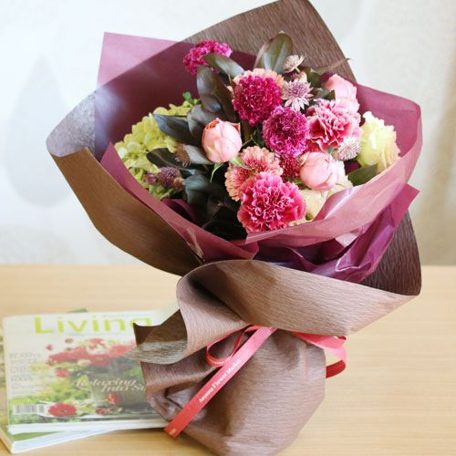 ガーベラのカシスレッドブーケ | 花・花束の通販|青山フラワーマーケット
