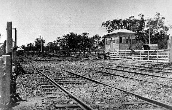 Punt Rd railway crossing - Richmond 1882
