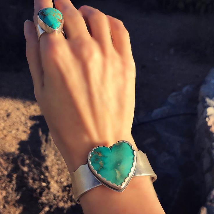 Arizona Kingman turquoise cuff bracelet. Sterling silver setting. Sisters of the Sun ®️ #turquoise #silverjewelry #handmade
