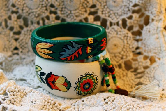 Nordic, scandinavian, folk, ethnic style wooden braceletes, bangles. White and green.