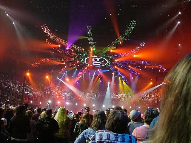 Garth brooks 096 garth brooks country music and tvs for Garth brooks trisha yearwood songs