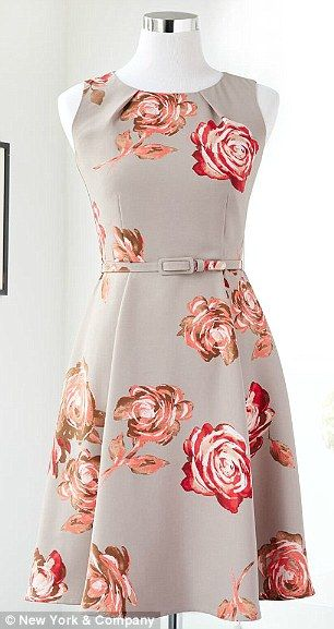Available in sizes zero to 18, the affordable collection (prices range from $55 for pants to $80 for a dress) offers simple, sensible clothe...Fit Flare Dress, Eva Mendes, Dresses Fashion, Fashion Style, Mendes Collection, Flare Dresses, New York, Vintage Rose, Floral Dresses