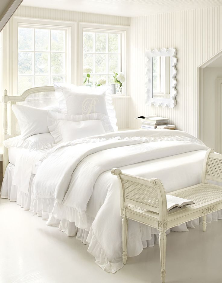maybe one day I can have an all white bedroom    one can. 17 best ideas about White Bedrooms on Pinterest   White bedroom