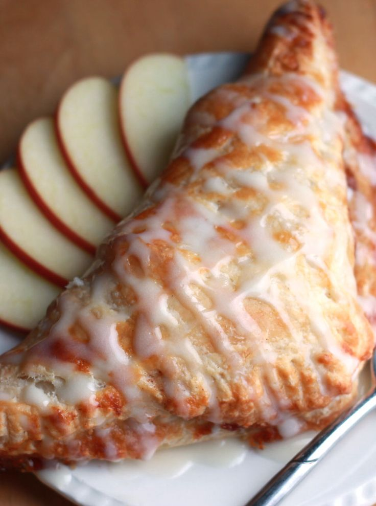Classic Apple Turnovers - Erren's Kitchen #delicious #recipe #cake #desserts #dessertrecipes #yummy #delicious #food #sweet