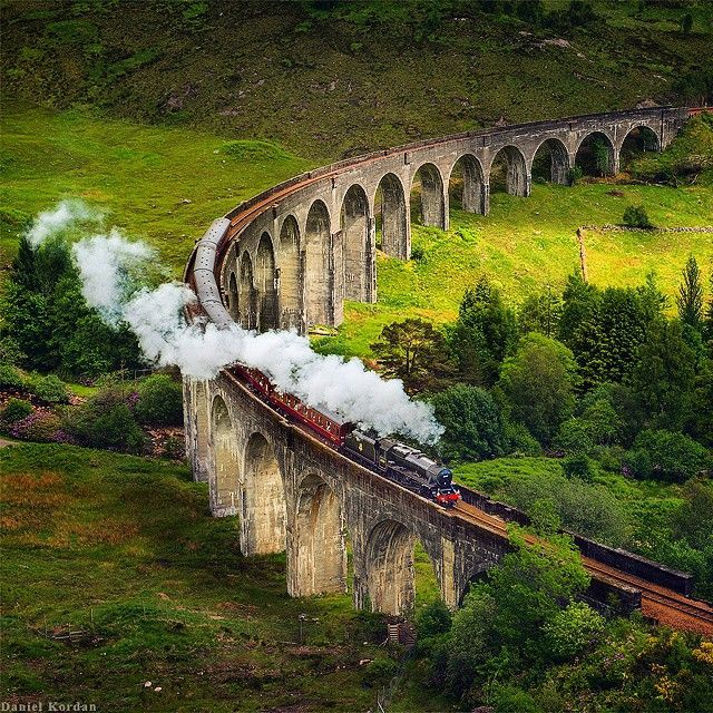 This is a real train that was filmed in Harry Potter series.