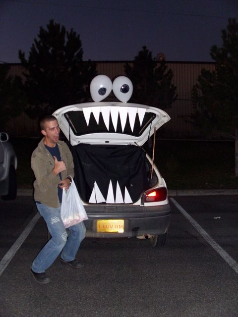 haha this would be fun to do in the driveway super easy and fun the kids loved it trunk or treat decorations for your car