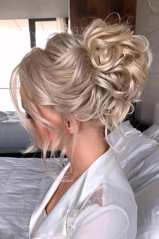 Best 2020 21 Wedding Updos Ideas For Every Bride Wedding Forward Medium Hair Styles Hair Styles Romantic Hairstyles