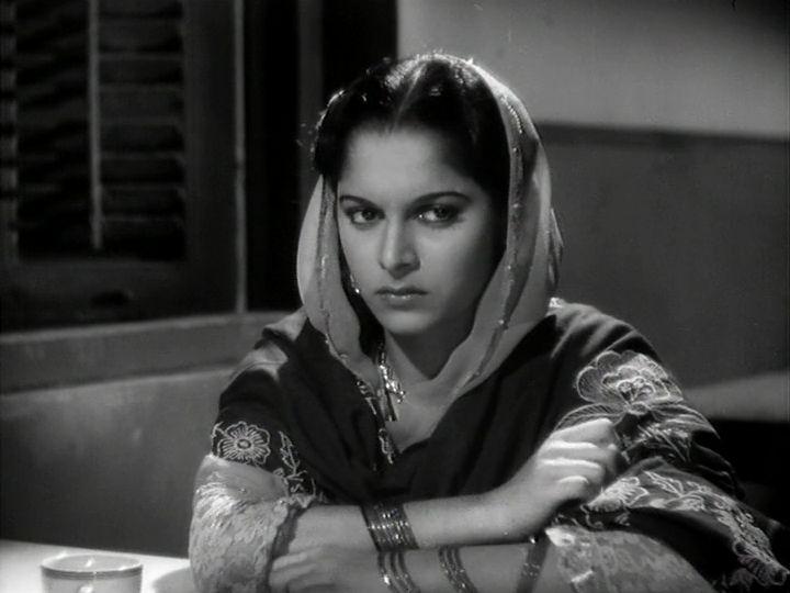 """Waheeda Rehman in """"Pyaasa"""" (1957)"""