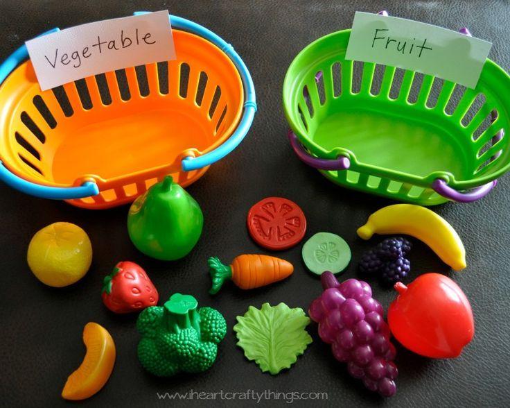 I HEART CRAFTY THINGS: Preschool Fruit and Vegetable Sort