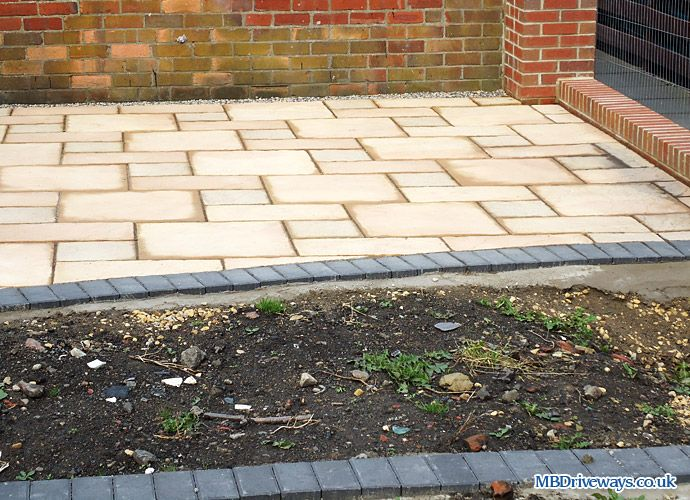Elegant Dark Edging · Paving EdgingPatio