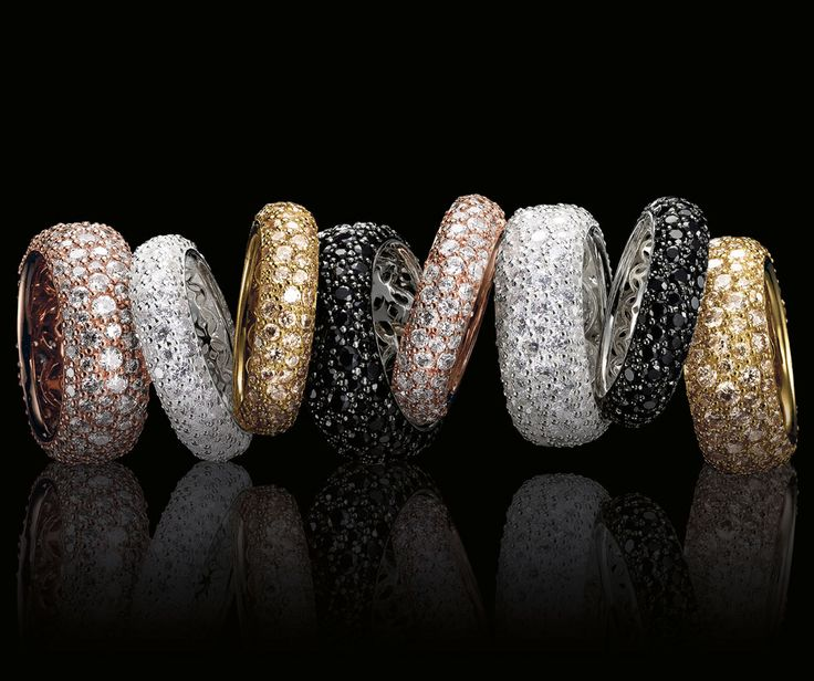 Get inspired by #CrushedPavé #rings: http://thomassa.bo/crushed_pave