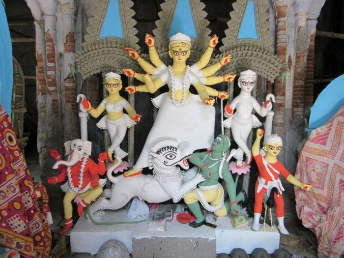 Traditional Household Durga Pujo is calledBonedi Barir Durga Puja List of Bonedi Bari Durga Pujas Bonedi Barir Durga Puja Find Location of Bonedi Barir