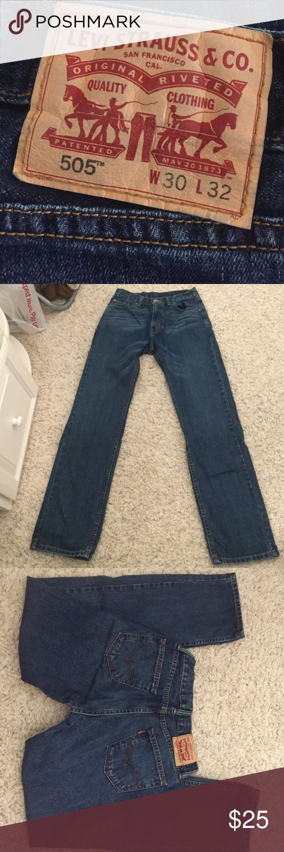 Men's Levi's W30 L32 NWOT men's Levi jeans, have never been worn because they don't fit me. Perfect condition! Levi's Jeans Straight