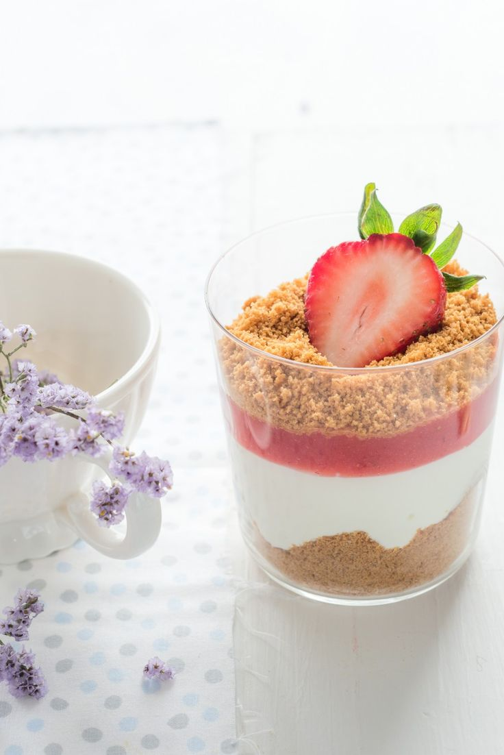 Strawberry Verrines with Speculoos Recipe | Au Petit Goût