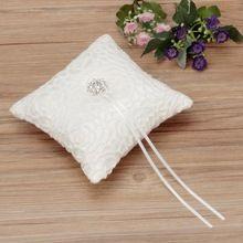 Top kwaliteit mooie witte bloemvorm met flash diamant romantische bruiloft ring kussen decoratie(China (Mainland))
