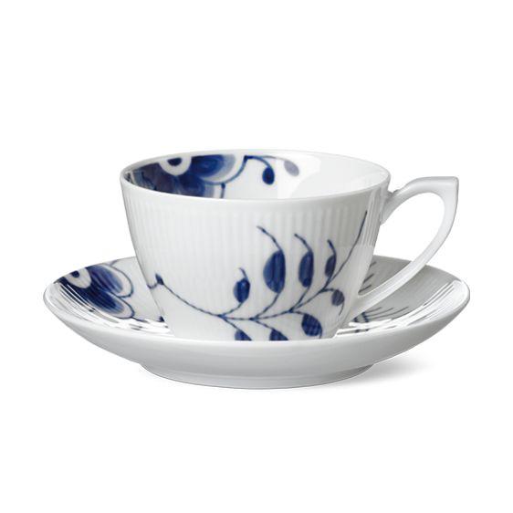 Royal Copenhagen Blue Fluted Mega Cup & saucer 28 cl, tea