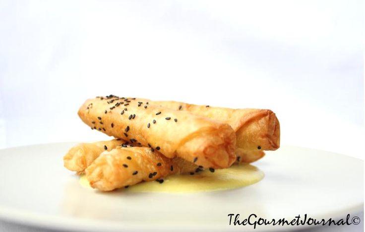 """Rollitos Crunchy de Pollo, Frutos Secos y toque de Curry    Encuentra esta """"Receta para Impresionar"""" en wp.me/p1gWd1-lZ"""