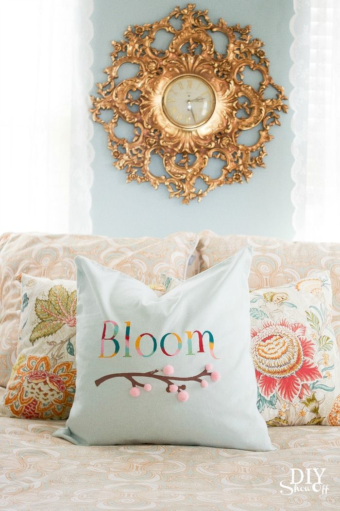 {DIY spring pillow cover} by diyshowoff.com