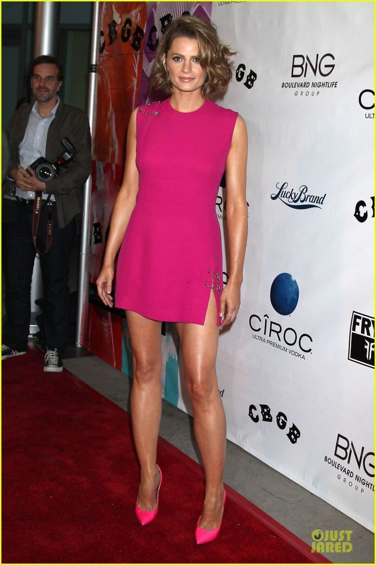 stana katic in pink dress and heels at the cbgb west coast red carpet special screening