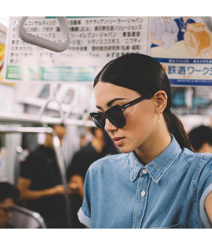 De Stella van KOMONO is een trendy zonnebril waarmee je mag opvallen. (€49,95) #Stella #Zonnebrillen #KOMONO #summer