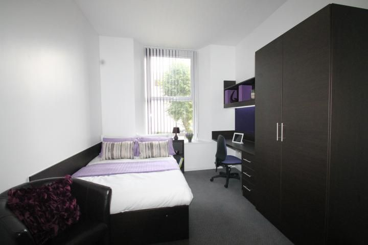 Student Rooms 4 Plymouth good looking studio flat