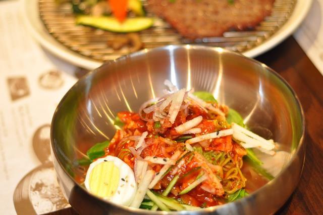 Myung Dong Noodle House Fort Lee Korean Food JenCooksKorean 's review kalguksu cold bibimguksoo