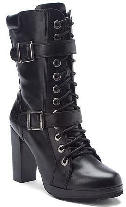 Harley Davidson ... My favorite a nice solid square heel! Very hot!
