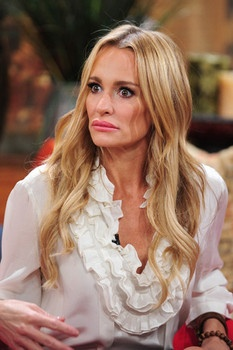 Taylor Armstrong hands over wedding ring and Hermes bag to cover debt.