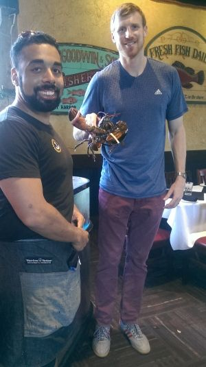 'Sandwich Hunter' Matt Bonner raves about Halifax donair, lobster roll:  2-time NBA champ checks out city's favourite foods, proclaims them 'wicked good' (CBC News 29 October 2015)