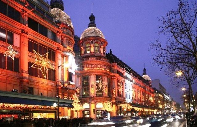 Christmas Lights – Paris City Tour by Open Top Bus - Paris Tourist Office