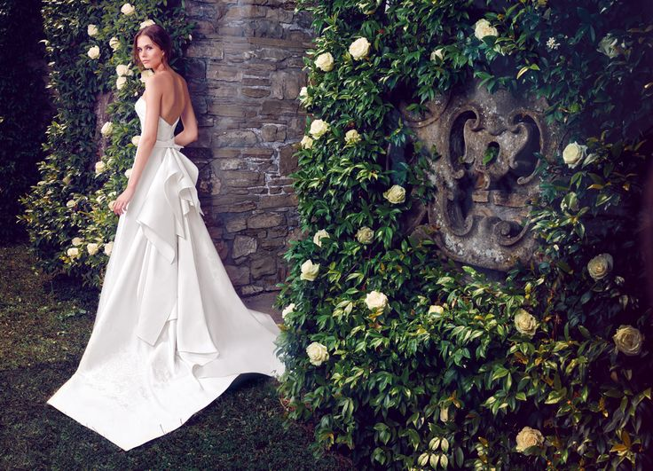 Silk mikado and embroidery wedding dress featuring a signature train. See Giuseppe Papini 2016 bridal collection on www.giuseppepapini.com