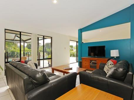 19 SHOWGROUNDS DR, Highvale, Qld 4520 - House for Sale #117031691 - realestate.com.au