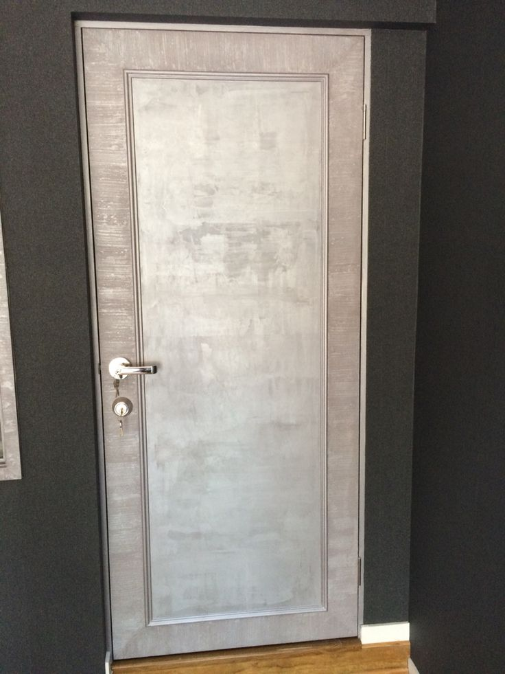 Silver dragged Marmorino round the outside and Chiffon effect panel. 77 Oxford Rd. Bulimba QLD
