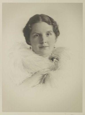 Portret van Prinses Juliana, december 1936. Foto: Franz Ziegler