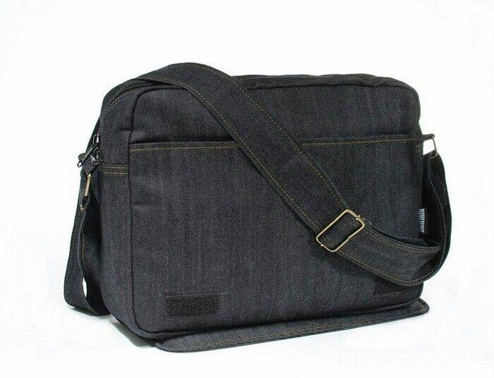 https://www.tokopedia.com/cherrybgallery/sling-bag-ninenine-classix-denim-iv-messenger