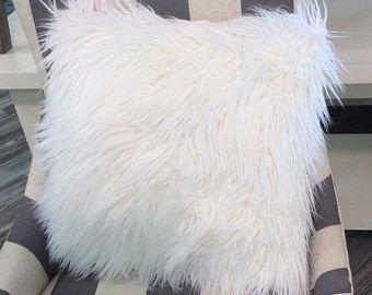 White Faux Fur pillow cover-white fur cushion -throw pillow-pillow cover-neutral Pillow