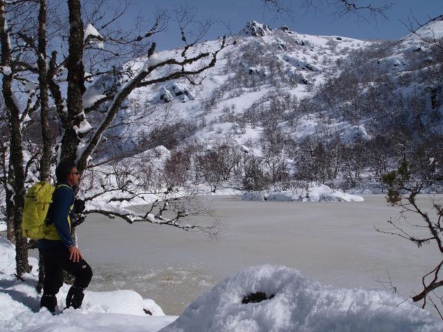 Laguna de muniellos con la nieve