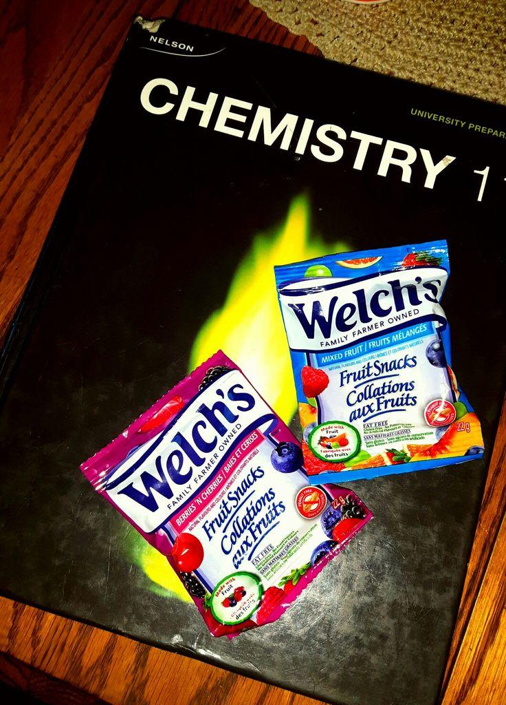 SWEET TREATS but health choice.  No artificial flavors ^ kids love it. #welchsfruitsnacksCAN #recessvoxbox