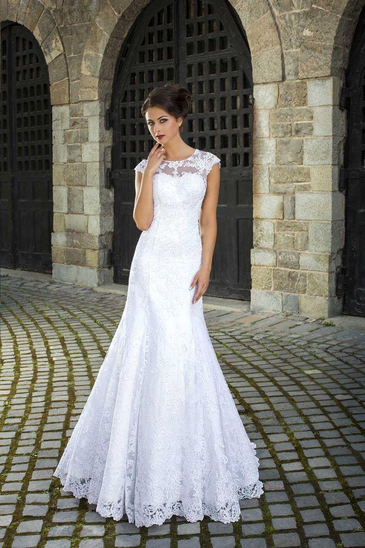 Krásne čipkované svadobné šaty v štýle morská panna
