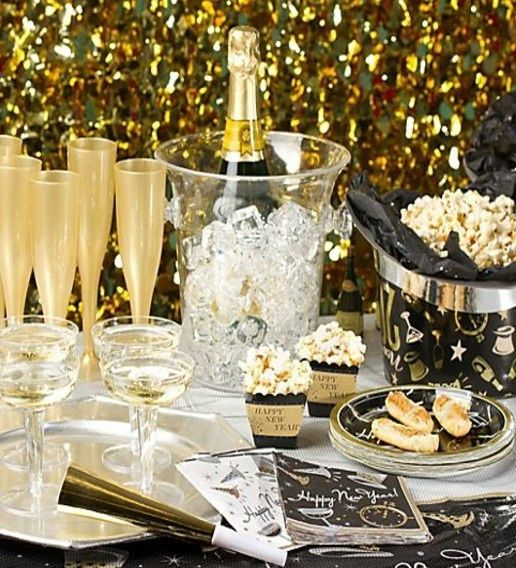 49 best old hollywood glam nye party images on pinterest for 15 years party decoration
